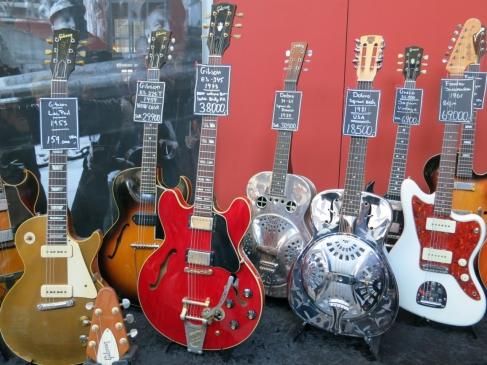 More vintage guitars – Fuzz 2019
