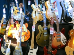 No1 Guitarshop – Fuzz 2019