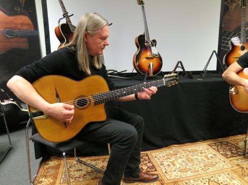 Tonefest 2020 – jamming at AJL-Guitars