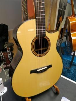 Tonefest 2020 – Rinne Guitars