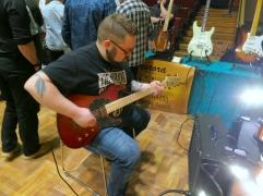 Tonefest 2020 – visitor at Halla Custom Guitars