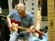Tonefest 2020 – visitor at JLeachim Guitars